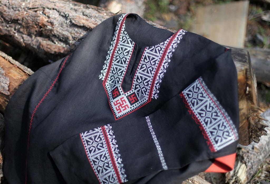 Орнамент, серьги и меха: какие обереги использовали славяне в традиционном костюме
