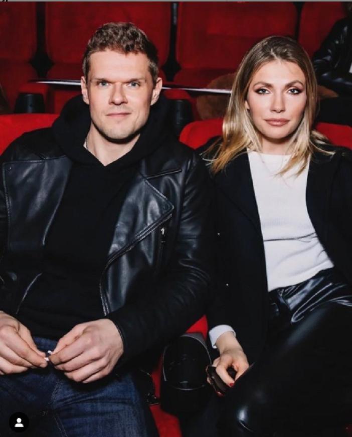 Чем занимается жена Владимира Яглыча