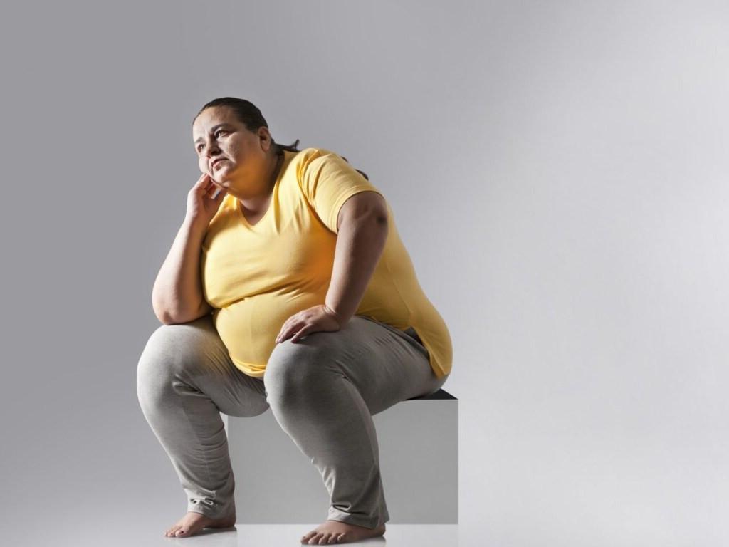 Каждый лишний балл индекса массы тела может увеличивать риск тяжелой формы COVID-19
