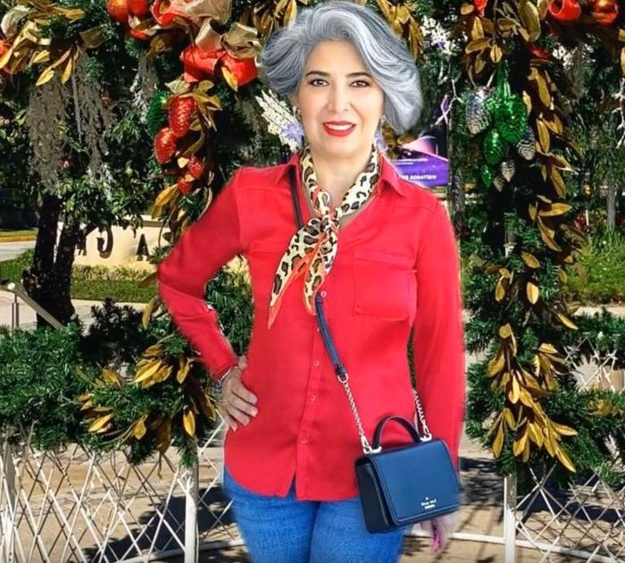 Женщина должна быть красивой всегда: что включить в свой гардероб дамам 55+ для создания привлекательного повседневного образа
