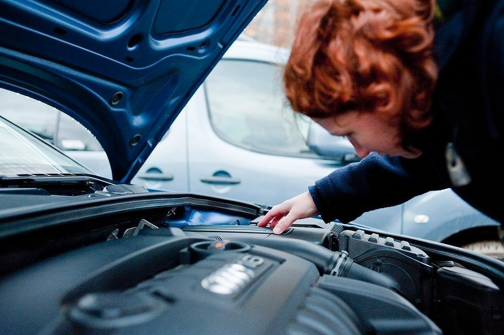 Взять трос, проверить пробки: эксперты дали советы по подготовке машины к поездке на дачу