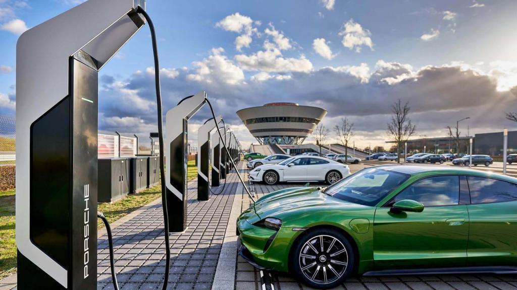 В Германии достаточно лития для 400 млн электромобилей, но добыть его будет непросто