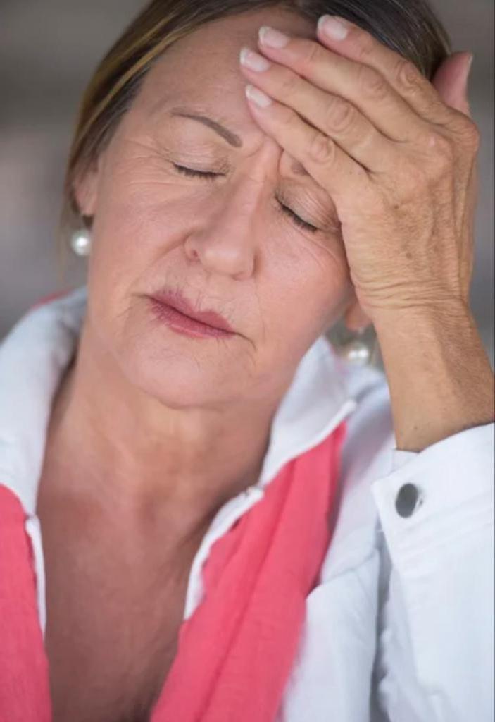 Бабушка - это не вторая мама: почему тесная связь с внуками может привести к проблемам в семье