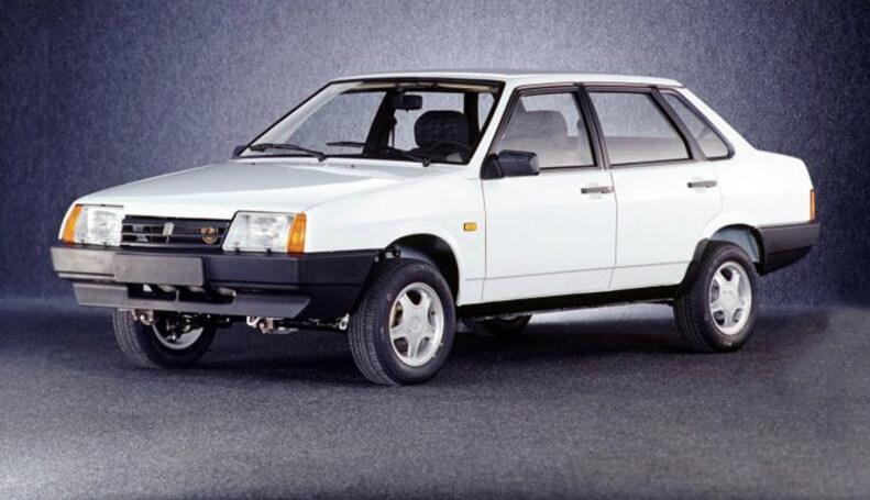 В России резко выросли цена на автомобили LADA: как выбрать подержанный ВАЗ