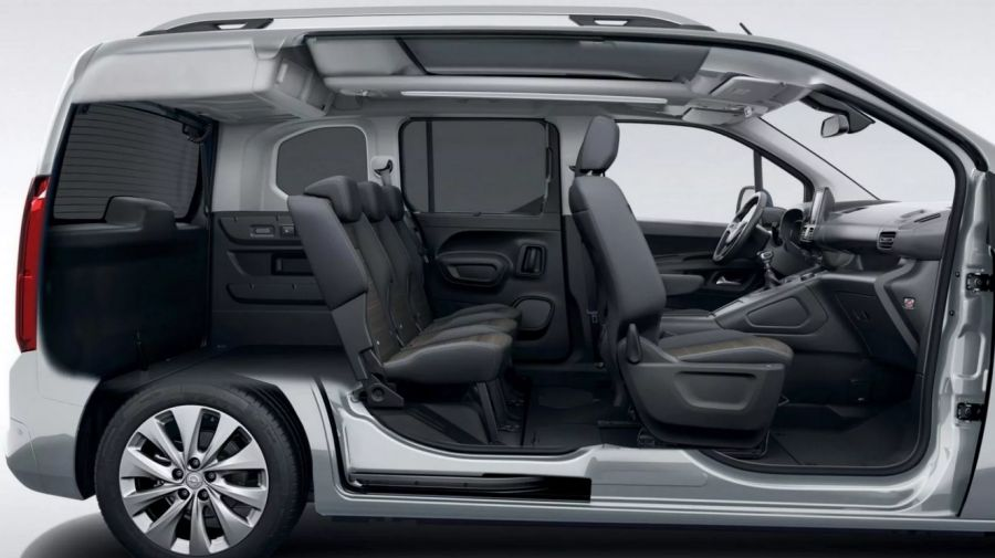 Специально для эксплуатации в России: Opel представил новинку Combo Life