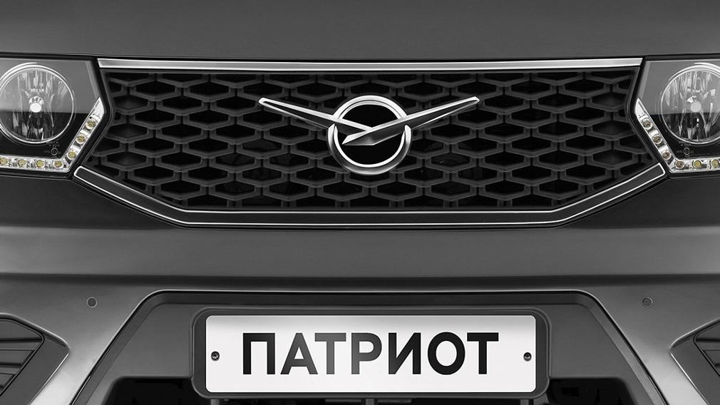 """С холодильником и спальным местом: УАЗ """"Патриот"""" переоборудовали в автодом"""