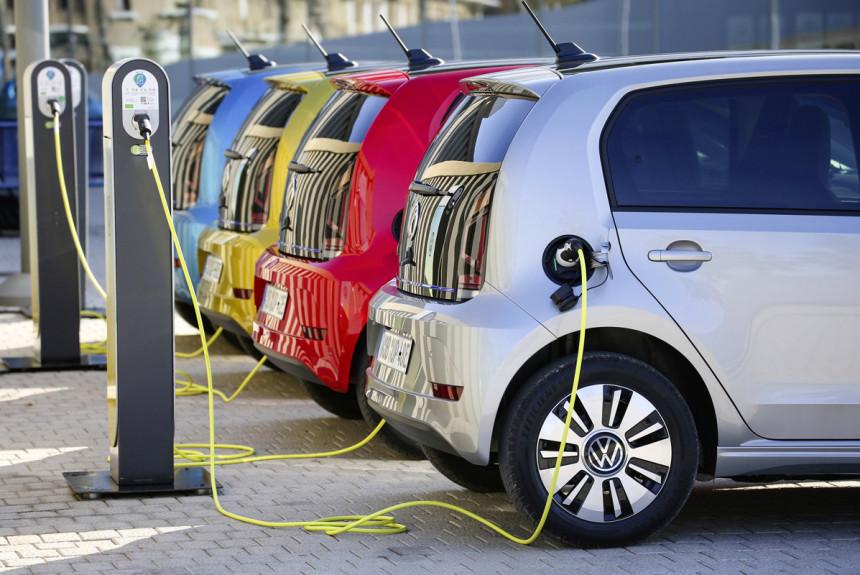 В Российской Федерации планируют серьезно заняться развитием электромобилей