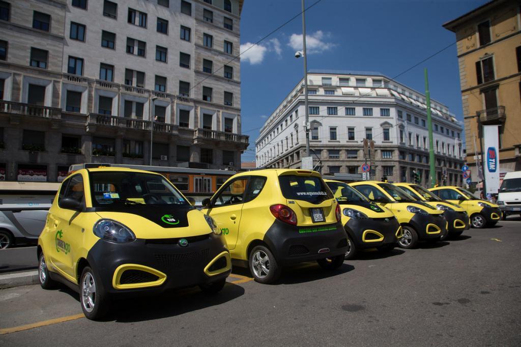 С 2022 года могут ввести пошлину в 15 % на ввоз электромобилей в Россию