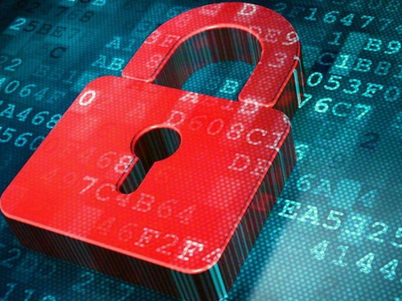 Быть осторожным с анкетами и прочее: специалист рассказал, как защитить свои счета и персональные данные