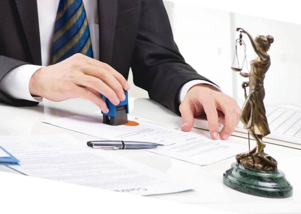 Что делать, если право собственности на дачу подтверждается только свидетельством о наследстве: ликбез от нотариусов