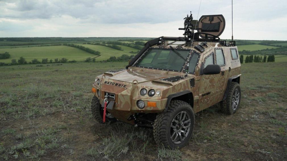 В РФ создан новый компактный внедорожник Nayomnik: несущий кузов, броня и другие особенности