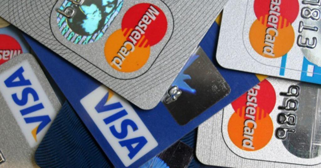 Россию могут отключить от международных платежных систем