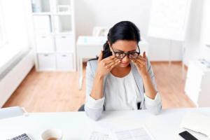 Какие простые ежедневные привычки помогут вам сохранить зрение?