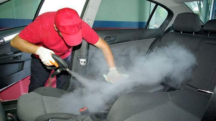 """Как победить запах в салоне автомобиля-""""утопленника"""": действенные лайфхаки"""