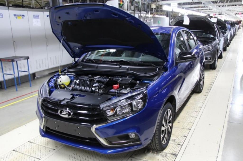 """Модели автомобиля Lada показали хорошие продажи. Какие планы у гиганта России, концерна """"АвтоВАЗ"""", на будущее"""