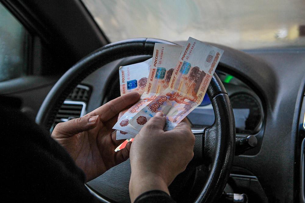 Аналитики узнали, что 31 % россиян покупают новую машину взамен прежней раз в 4-5 лет: как понять, что пришло время продавать авто