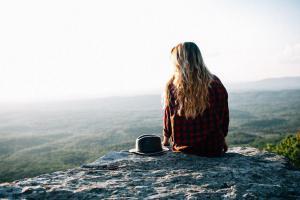 12 простых, но эффективных способов избавления от тревоги и депрессии