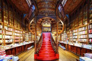 20 самых невероятных лестниц в мире