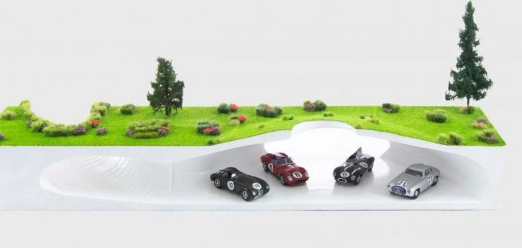 Крупнейшая коллекция в Европе: в Варшаве появился автомузей под землей