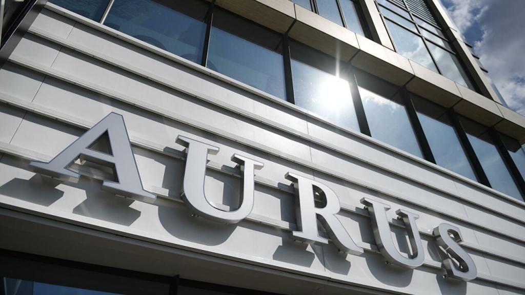 Внедорожник Aurus Komendant покажут в 2022 и сразу запустят в производство