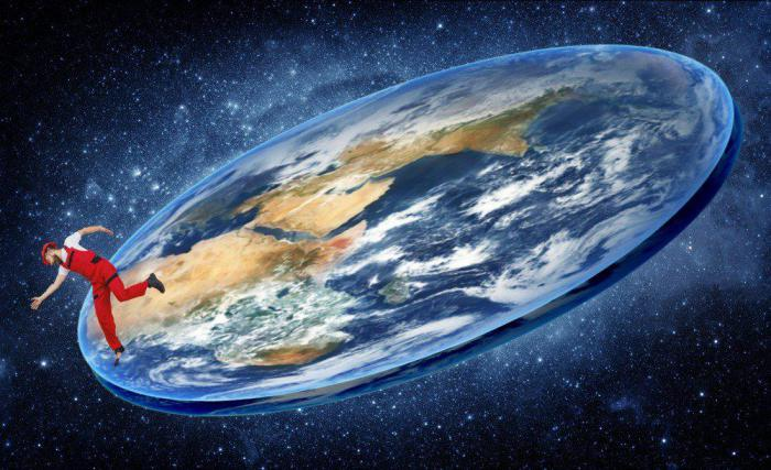How do conspiracy theorists prove their idea of ​​a flat Earth?