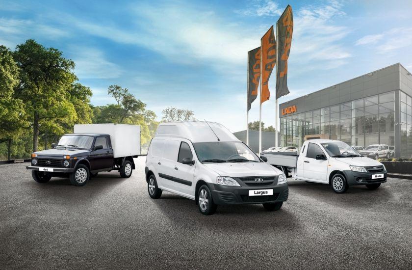 ВАЗ представит три новые версии модели LADA Largus и запустит в будущем подписки, чтобы «застолбить рынок»
