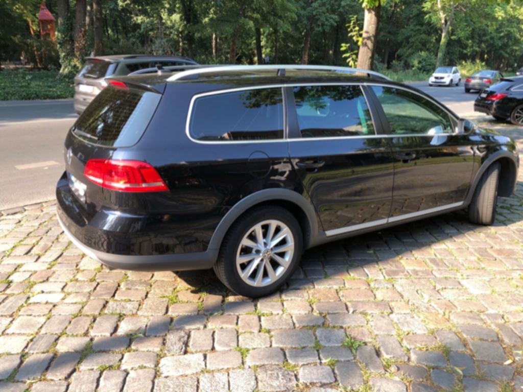 Полноприводный Volkswagen Passat Alltrack - уже в РФ. Стоимость от 3,7 млн