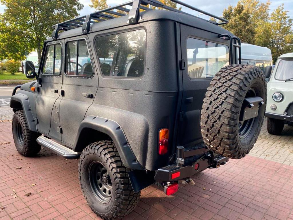 Экспортный УАЗ «Хантер» продается в Берлине. Российский внедорожник оценили в 47 000 €
