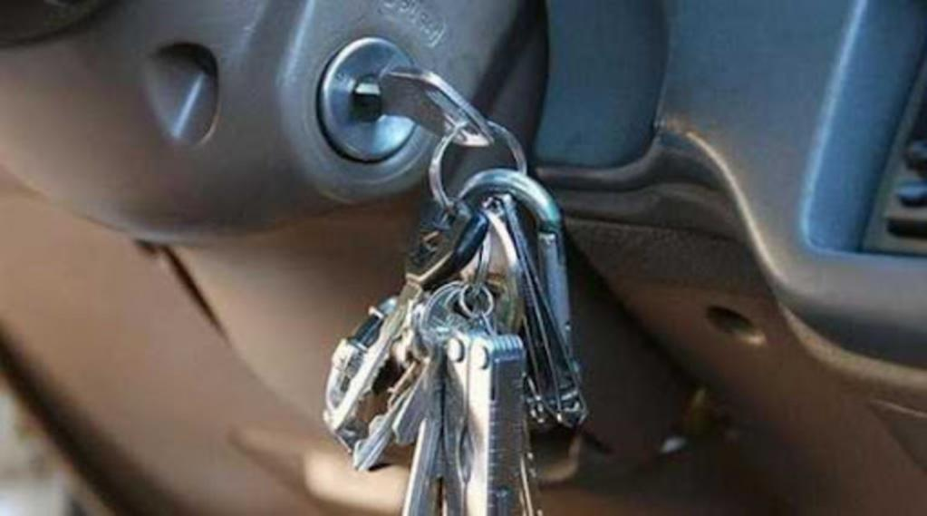Автомобилю Hyundai Genesis ключ не нужен. Технология идентификации водителей Face Connect узнает своего владельца в лицо и открывает двери