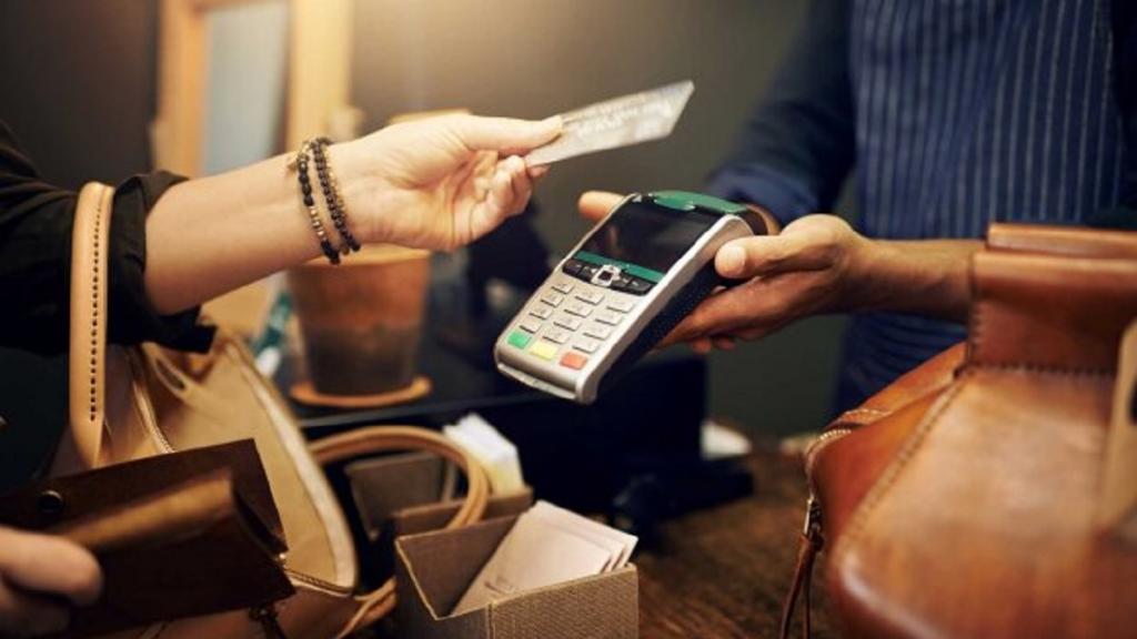 """Как стать финансово сознательным: остерегайтесь психологической ловушки """"Купи сейчас, заплати позже"""""""