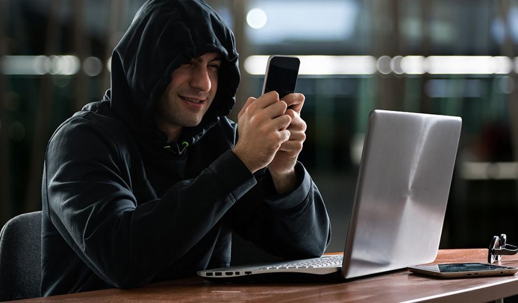 Мошенники могут взять онлайн-кредит без ведома заемщика: как защитить себя