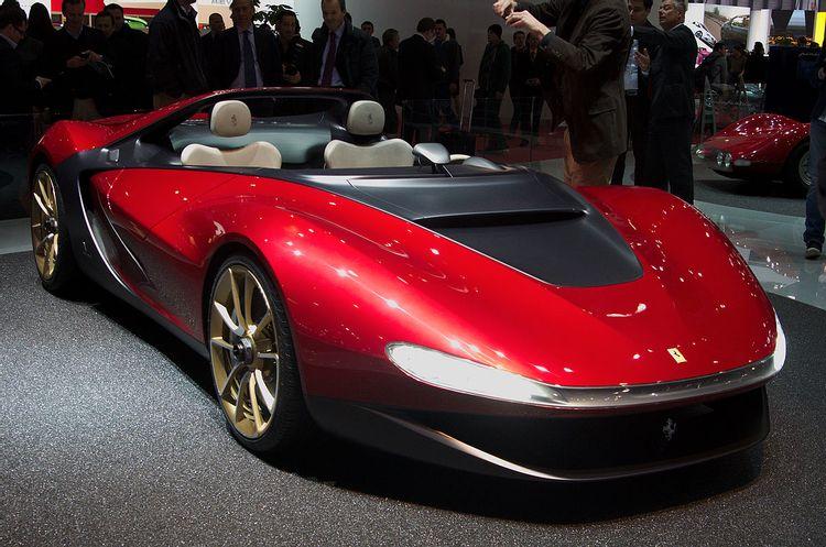 Bugatti Divo, Ford GT и Ferrari Monza: десять автомобилей, которые нельзя купить без разрешения бренда