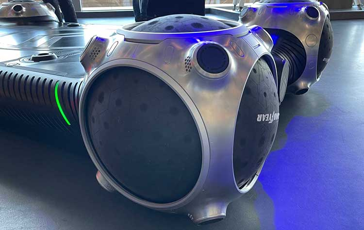 Появились первые сферические покрышки. Шины-сферы пока используются только на концепте Citroen
