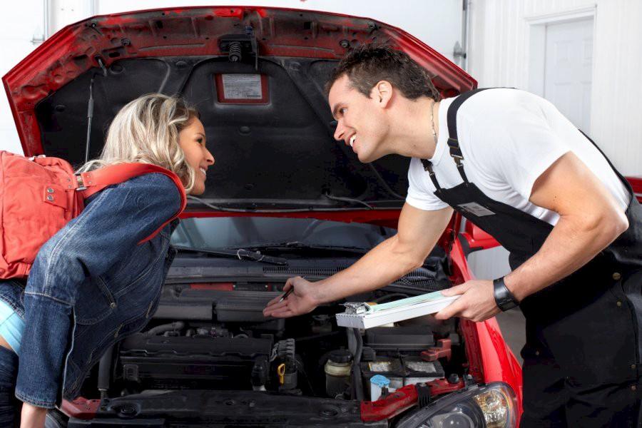 «У вас чрезмерный люфт в рулевом управлении»: типичные фразы автомехаников и их перевод на «человеческий» язык