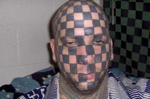 20 странных татуировок, о которых люди определенно жалеют