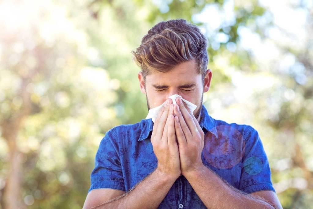 Чихание: причины, что делать для лечения || Что происходит когда чихаешь