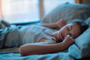 Самые распространенные мифы о здоровом сне развенчаны