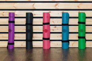 Коврик для йоги: как правильно выбрать