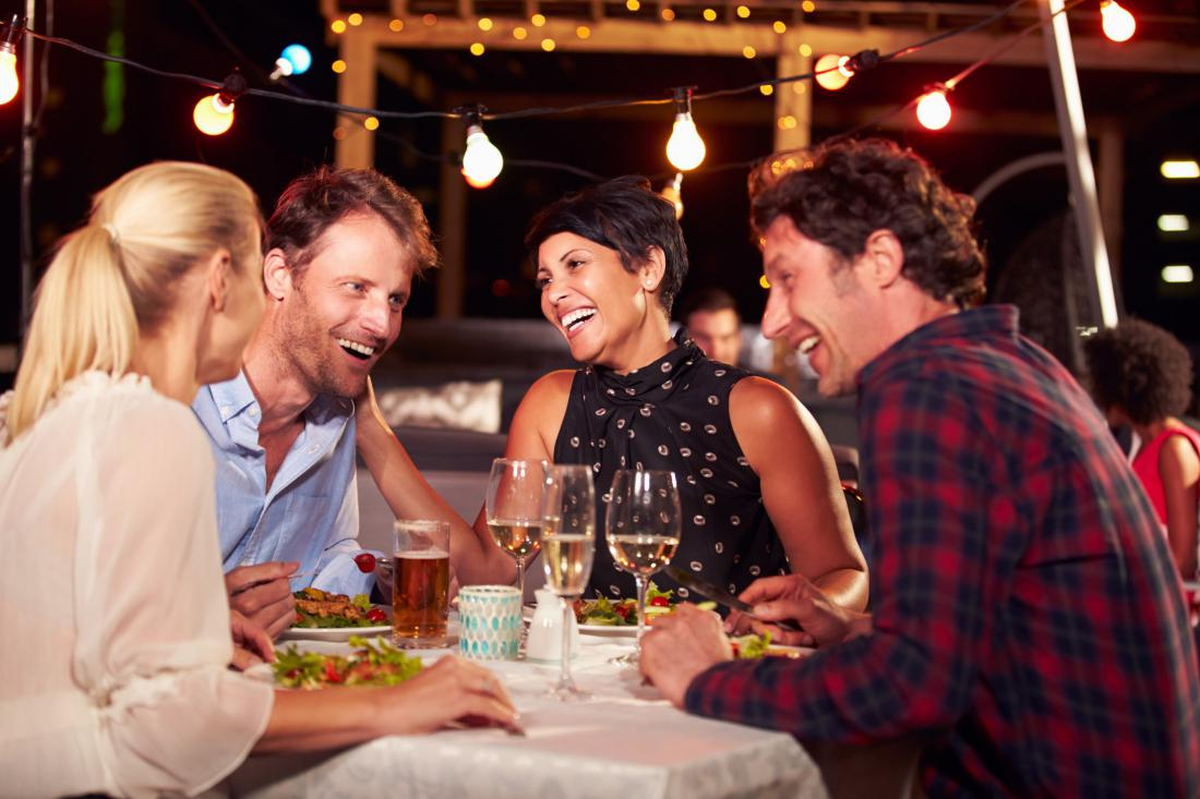 картинки ужин с друзьями довесок