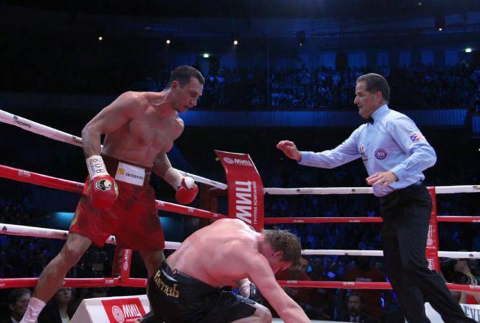 Поветкин много падал в бою с Кличко