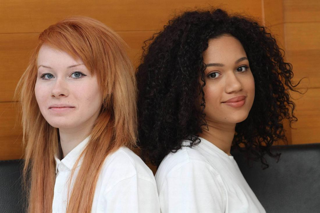 Светлые волосы у ребенка а у родителей темные волосы