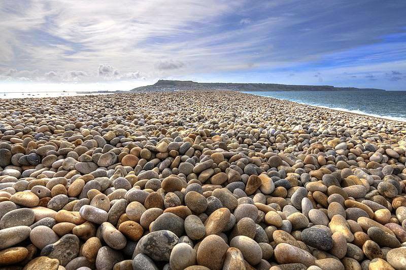 песок или галька