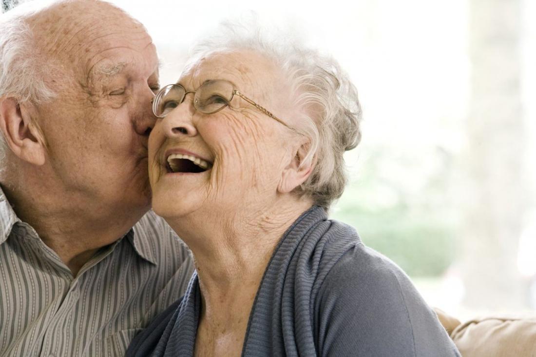 Открытки пожилым супругами, марта для