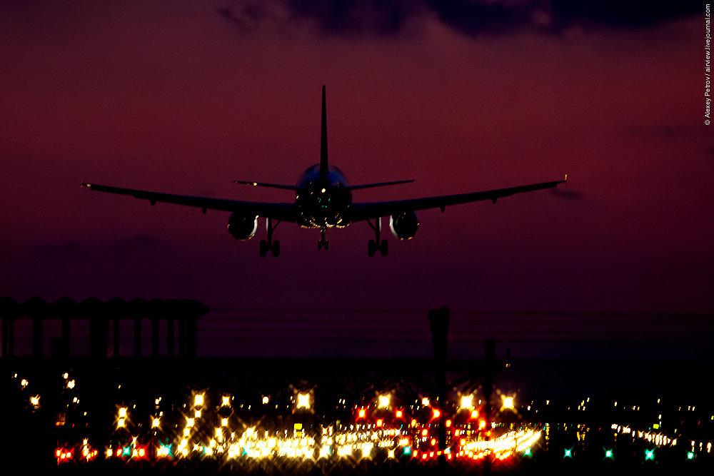 пожелаю фото самолетов в ночном небе знания помогут