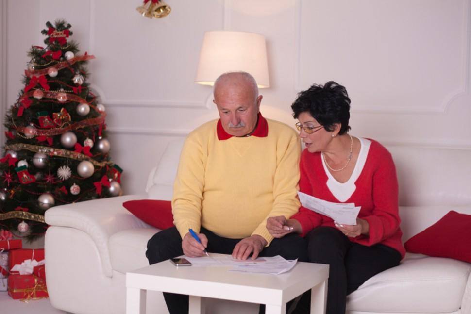 Как минимизировать финансовый стресс во время новогодних праздников?