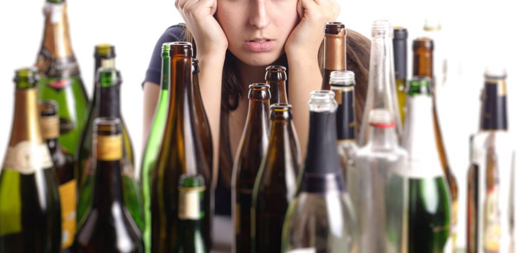 Почему лучше покупать к празднику дорогой алкоголь?