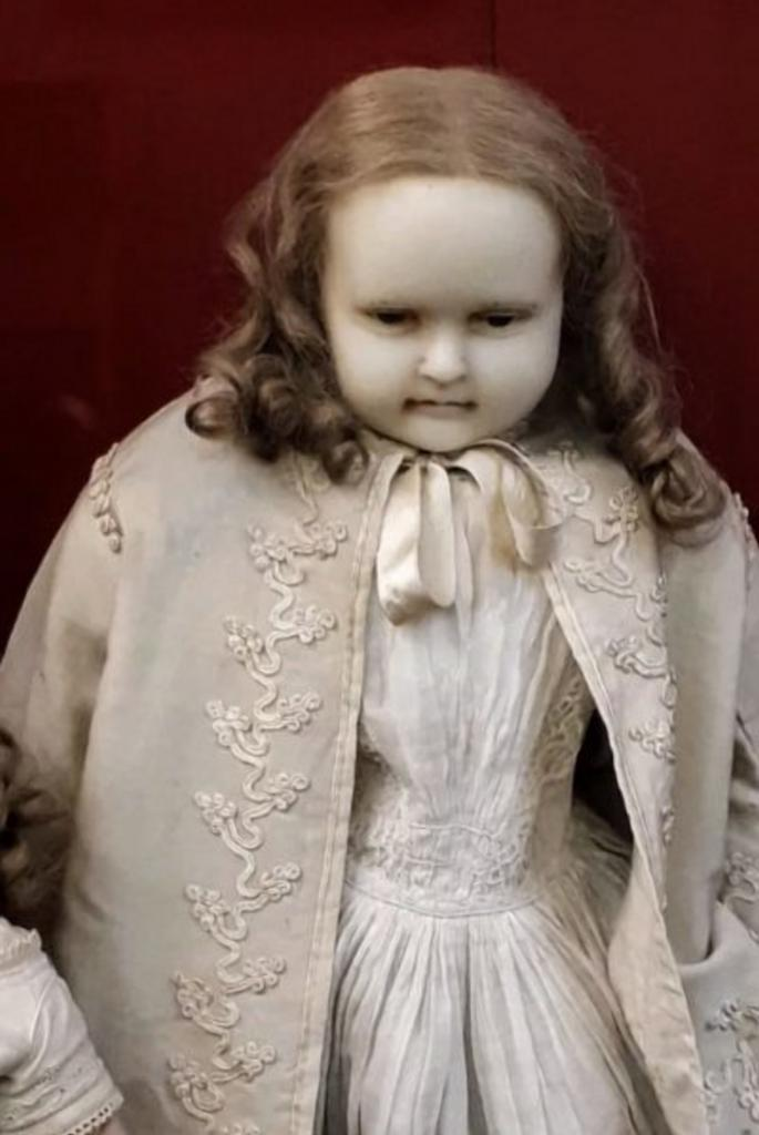 10 винтажных кукол, вид которых вызывает мурашки