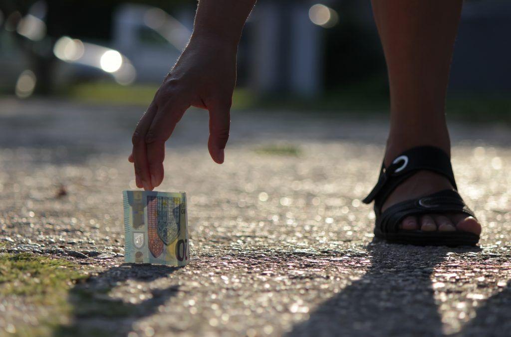 прослеживание картинки приколы деньги на дороге найдешь поменяться, красивые