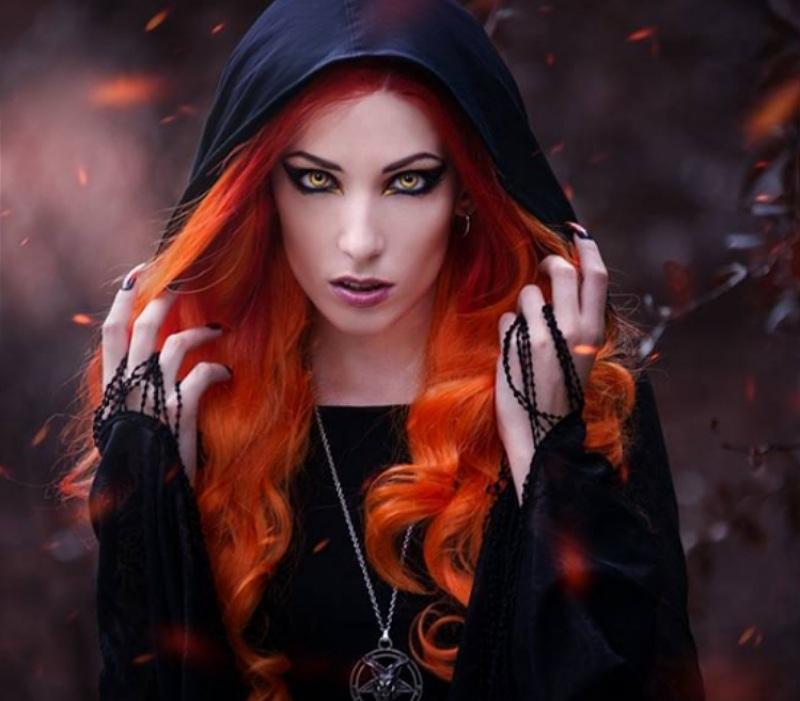 следы картинки и фото красивая ведьма социальных