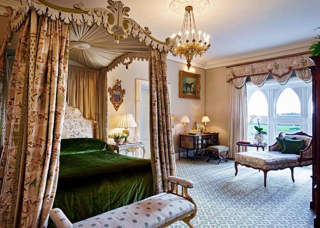 Самые красивые старинные замки-отели